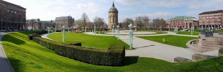 Mannheim Friedrichsplatz und Wasserturm